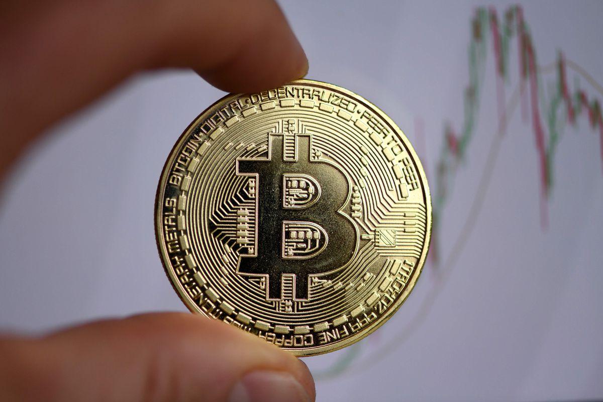 Bitcoin hand take money
